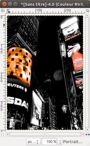 Version noir et blanc avec Masque de calque révélant quelques zone de couleur.